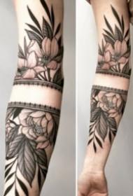 包小臂的梵花图腾纹身图案大全