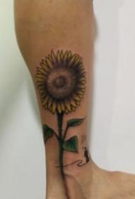 一组漂亮的向日葵花朵纹身图案大全