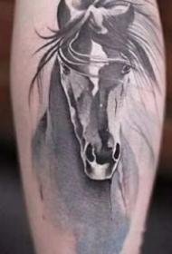 漂亮的中国风水墨纹身图案大全