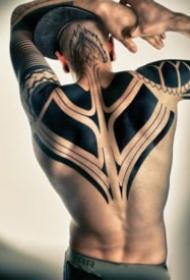 帅气的黑色图腾包臂纹身图案大全