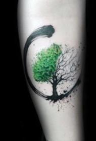 很好看的一组小树纹身图案