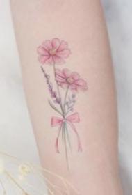 18张适合女生的极简小清新纹身