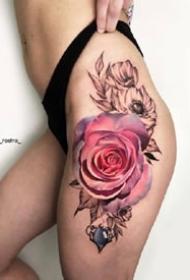 娇艳欲滴的的大红玫瑰纹身图案大全