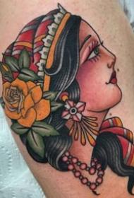 old school风格的红色调女郎纹身图案