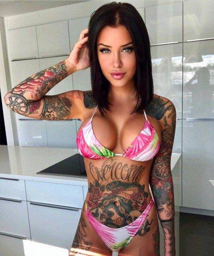 性感的欧美女生纹身图案参考
