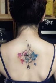 一组彩色的小清新纹身图案作品