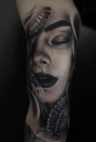 有质感的欧美写实黑灰纹身图案大全
