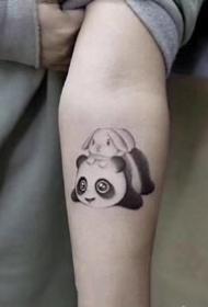 萌萌哒的熊猫纹身手稿欣赏