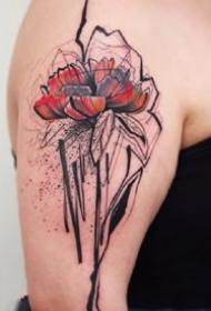 漂亮写意的水墨创意纹身图案