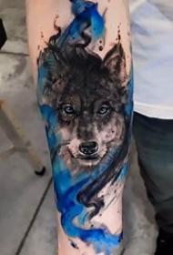 一组关于狼的主题纹身图案精选