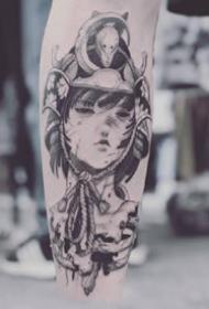 黑灰色调的日本艺伎纹身图案欣赏