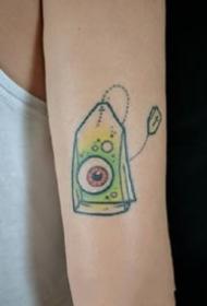 复古school风格的小纹身图案