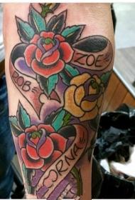 娇艳欲滴的花朵纹身图案