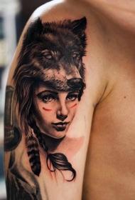 个性十足的手臂纹身图案
