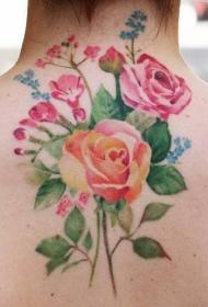肆意绽放的玫瑰花纹身图案