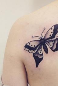 蝴蝶纹身图案   花间飞舞的蝴蝶纹身图案