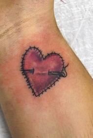 心形纹身图案   创意而又别致的心形纹身图案