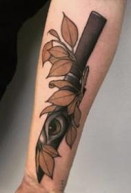 一组school风小刀和匕首纹身作品图案