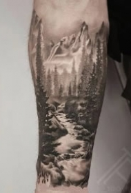 包臂的几款黑森林纹身作品图