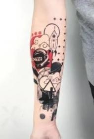 带几何元素的水彩小臂纹身作品