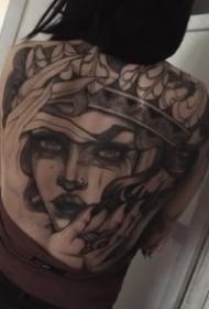 大面积满背的9款人像女郎纹身作品图