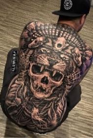 霸气的9款欧美大满背纹身作品图案