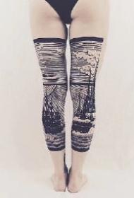 超级个性的过膝袜花腿纹身作品