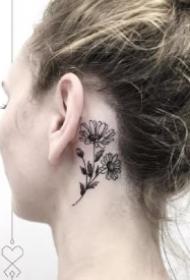 耳朵耳垂的一组创意小纹身图案