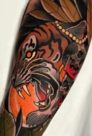 school风格的9款老虎头纹身作品图案