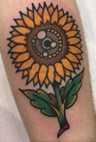 向阳花纹身 夏日一组艳丽的向日葵纹身图案