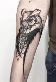 一组黑灰动物手臂纹身图案
