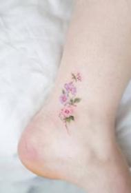 一组脚踝彩色小清新纹身图案