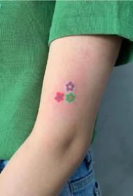 一组彩色超可爱小清新纹身图案