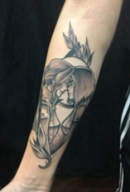 人物肖像纹身 男生手臂上植物和情侣纹身图案